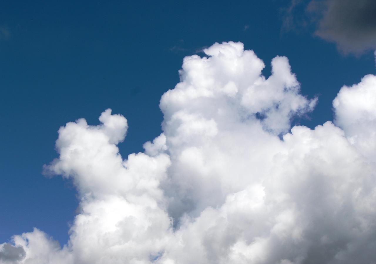 clouds-397821_1280