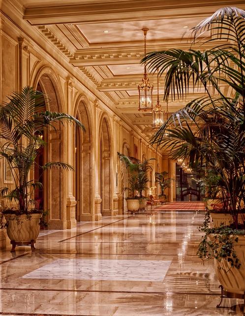 sheraton-palace-hotel-398845_640